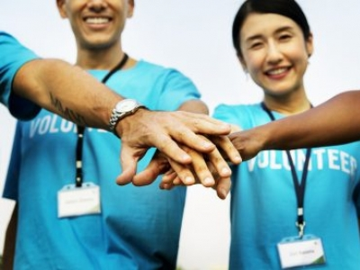 5 Ways Your Business Can Benefit from Giving Back to the Community