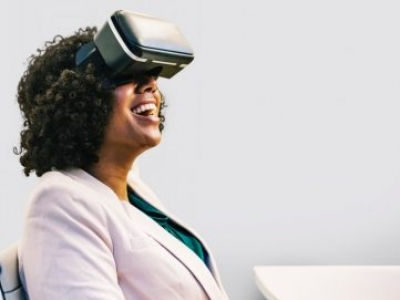 How Can Virtual Reality Be Used in Business?